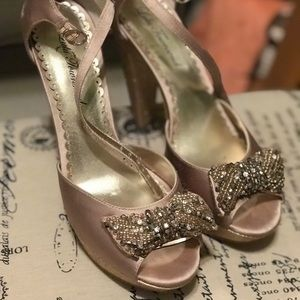 Gold lulu Townsend heels